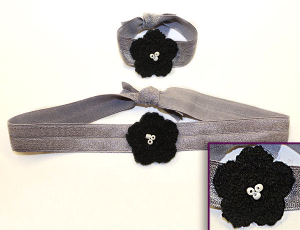 FLOWER APPLIQUE BLACK: Hair Ties & Headbands