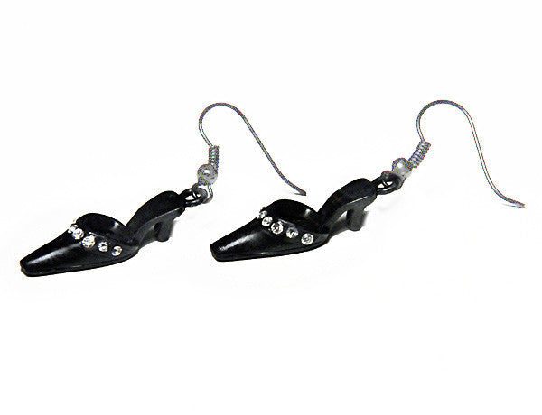 SHOE Black Pump: Earrings