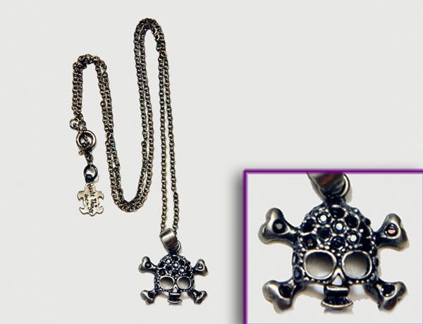 SKULL Antiqued Silver/Jet Hematite Stone: Necklace