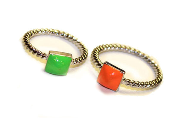SINGLE STUD: Neon Lime & Orange Rings