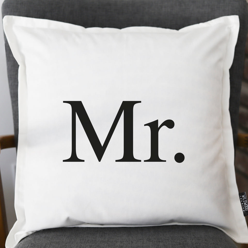 PILLOW: MR