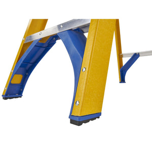 Werner Fibreglass Stepladder 6 Tread (7160618)