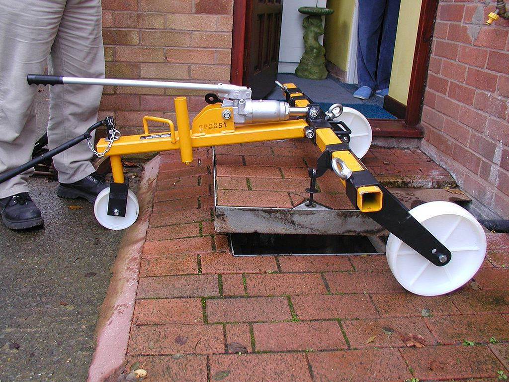Hydraulic Manhole Cover Lifter SDH-H-15-UK (54800006)