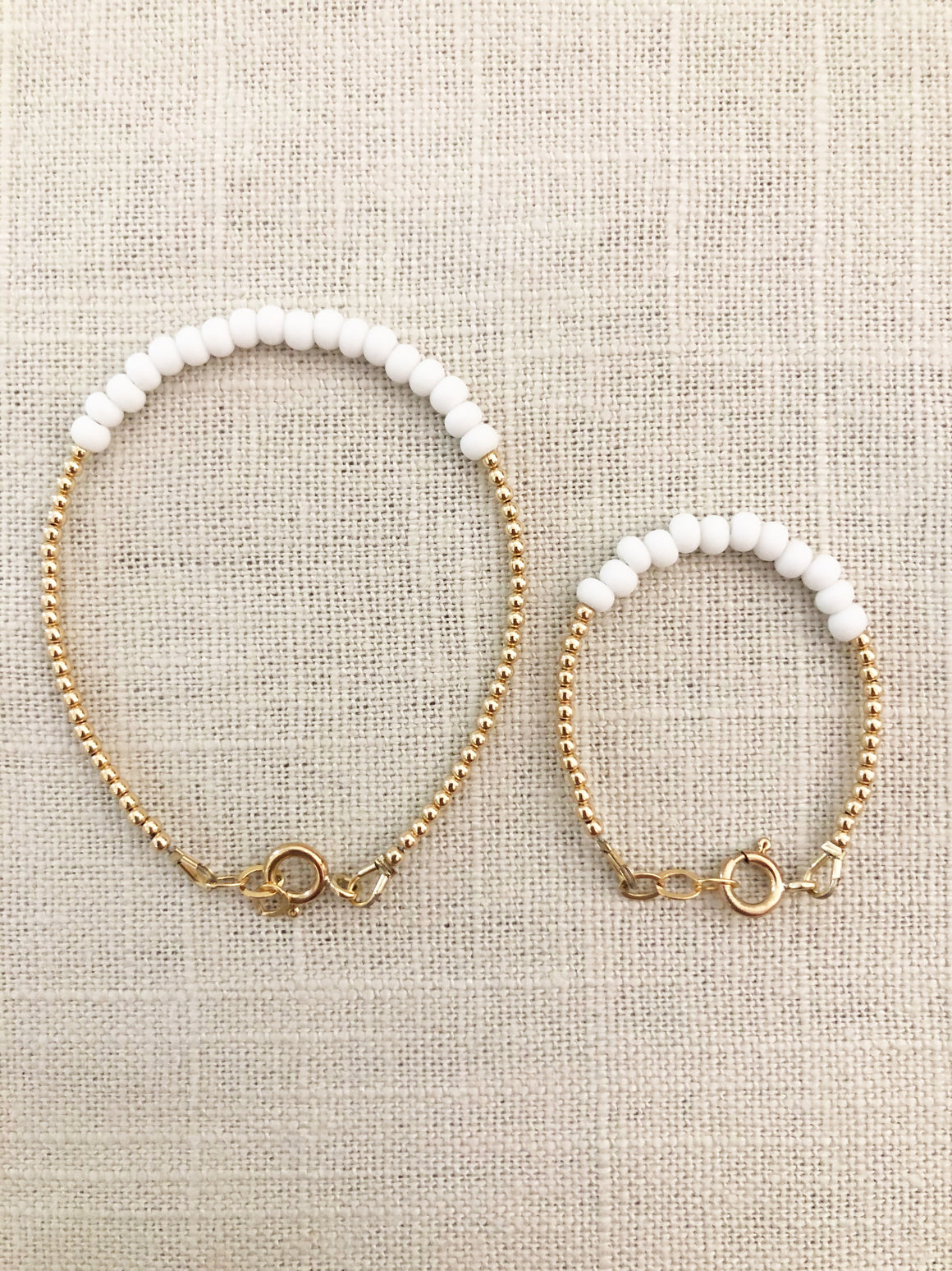 Mommy + Me Blanc Bracelet Set