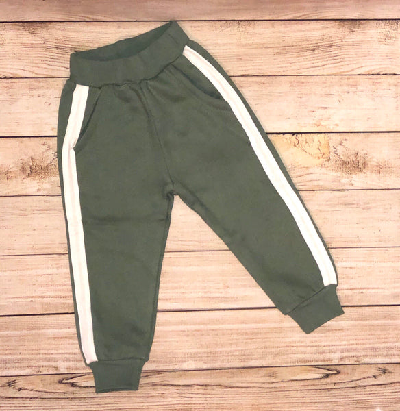 Green casual joggers for boys or girls. One of Deucey's Way unisex pieces. Great quality toddler pants.