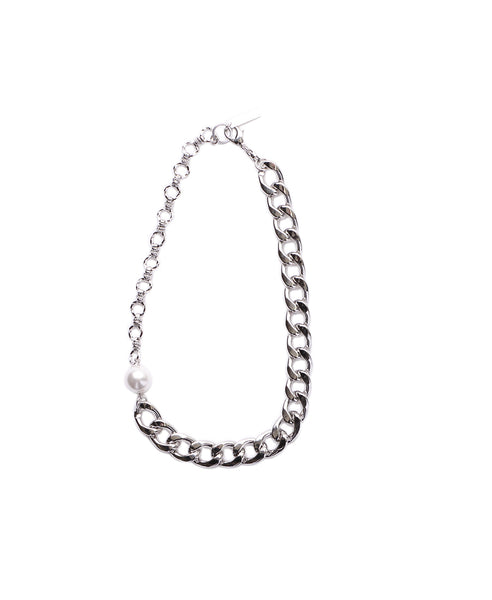 CHAIN AND PEARL NECKLACE / WHITE