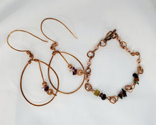 Load image into Gallery viewer, Mixed Tourmaline Copper Earring and Bracelet Set