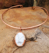 Load image into Gallery viewer, White Howlite Copper Collar Cuff Necklace