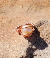 Load image into Gallery viewer, Freshwater Pearl Ring