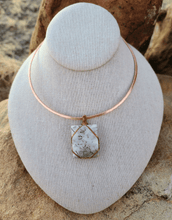 Load image into Gallery viewer, Tourmalated Quartz Healing Choker