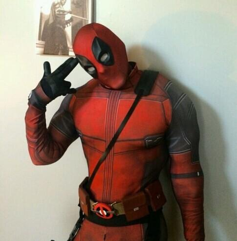 Marvel Comics Deadpool Cosplay Costume Version B