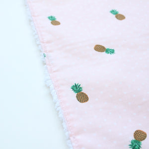 Pink Pineapple [Bercause Cloth]