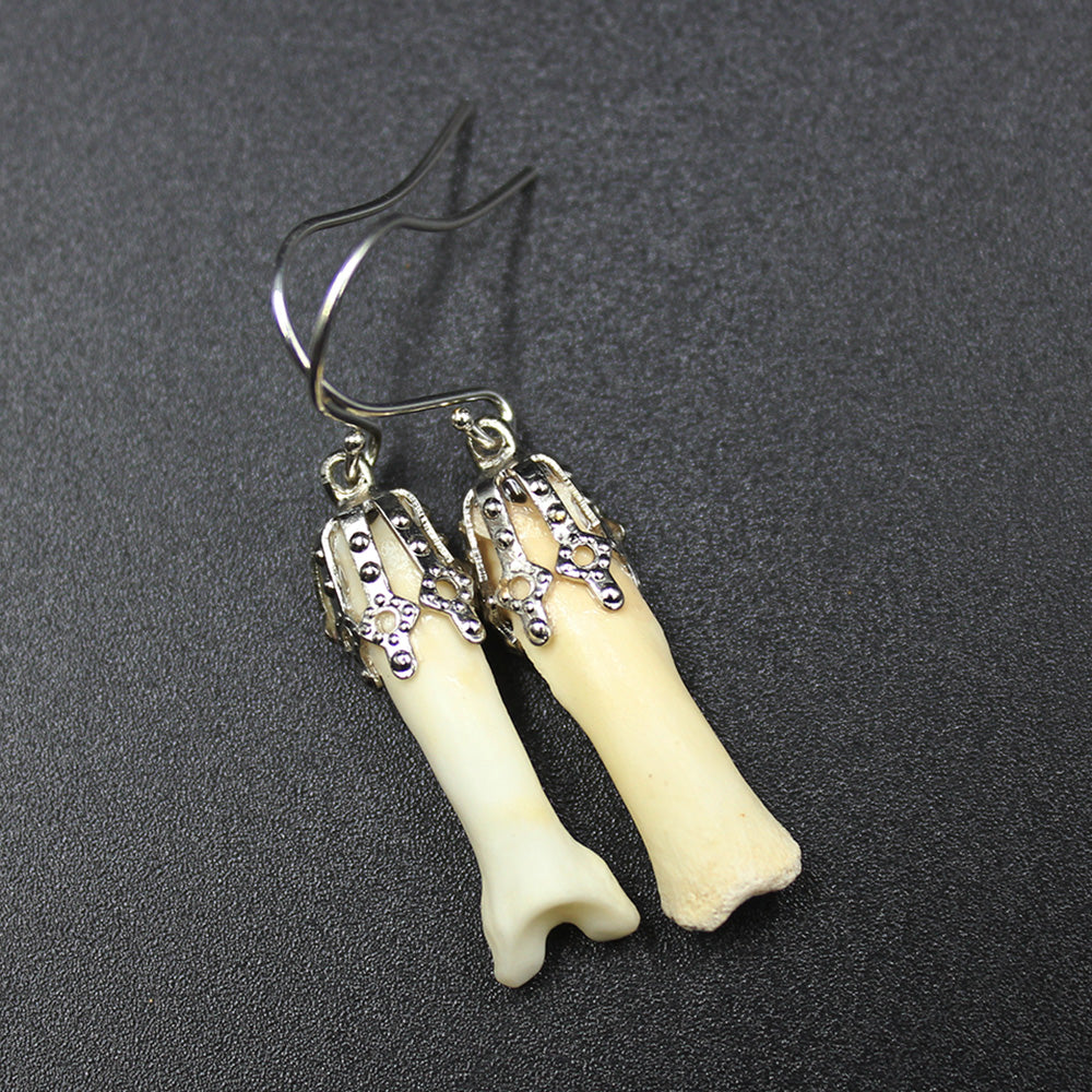 Earrings | Coyote Phalanges | Silver | Medium