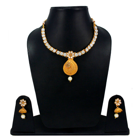 OyeTrend Floral Design Inspired Necklace Set With Golden Stones