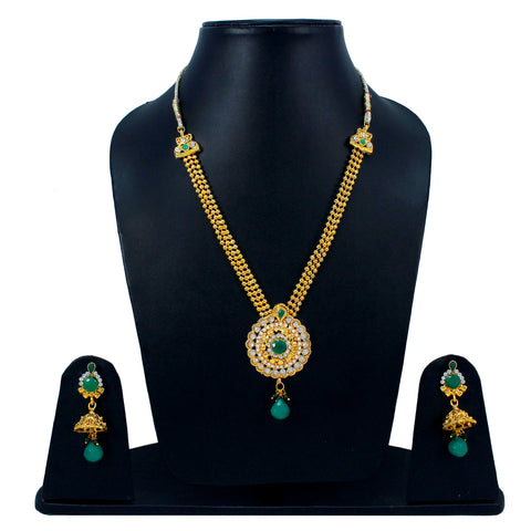 OyeTrend Traditional Necklace Set Adorned With Green Stones