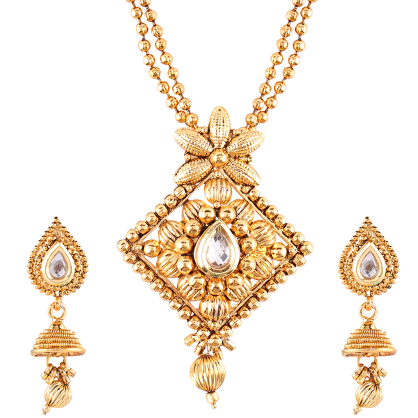 OyeTrend Gold Plated Kundan Adorned Pendant Set