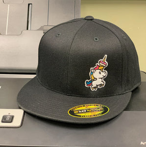 BLACK FLAT BILL FLEX FIT HAT WITH SPRINKLES THE UNICORN DONUT
