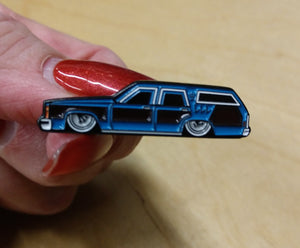 ANTARTIC BLUE FAMILY TRUCKSTER HAT PIN (#51)