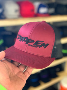 SNAP BACK TRUCKER HAT BURGUNDY/BLACK