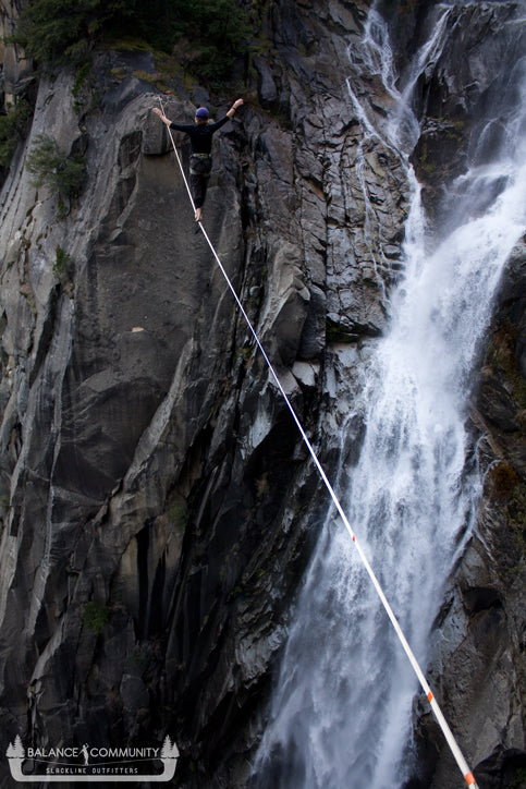 Mich getting the first ascent of the Cascade Falls Highline