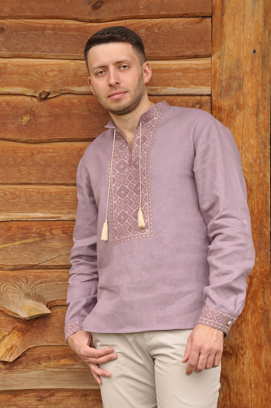 Embroidered men's shirt
