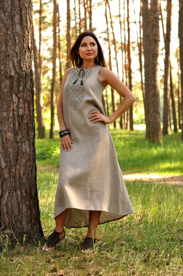 Women's talisman dress made of natural linen