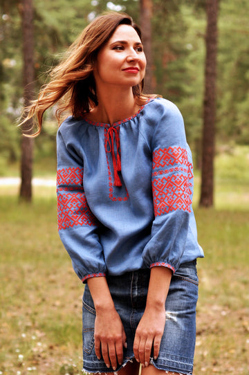 Stylish embroidered blouse with geometric pattern