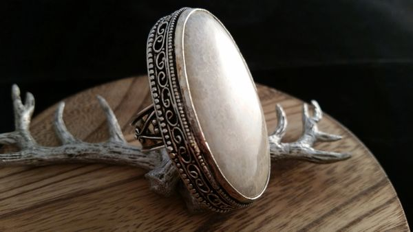 LARGE .925 Sterling Silver Natural Polished Shell Gemstone Ring