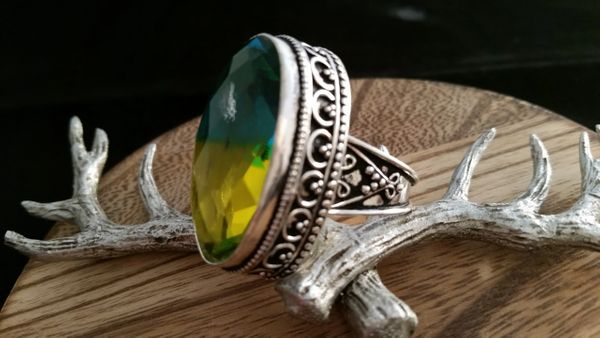 Old World .925 Sterling Silver Green Yellow Tourmaline Gemstone Ring