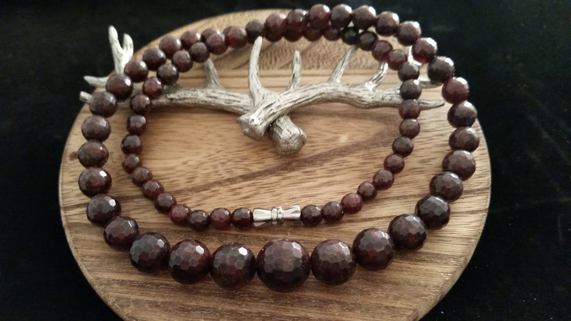 Natural Faceted Garnet Graduated Size Gemstone Necklace