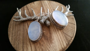 Regal Old World .925 Sterling Silver Moonstone Gemstone Earrings