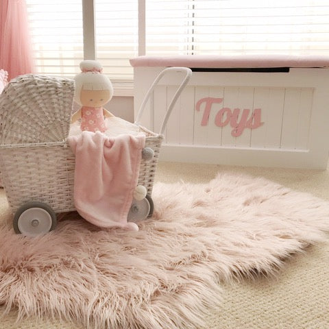 Sweet-home-styling-playroom-makeover-toys