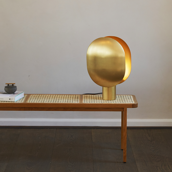 Clam | Table Lamp