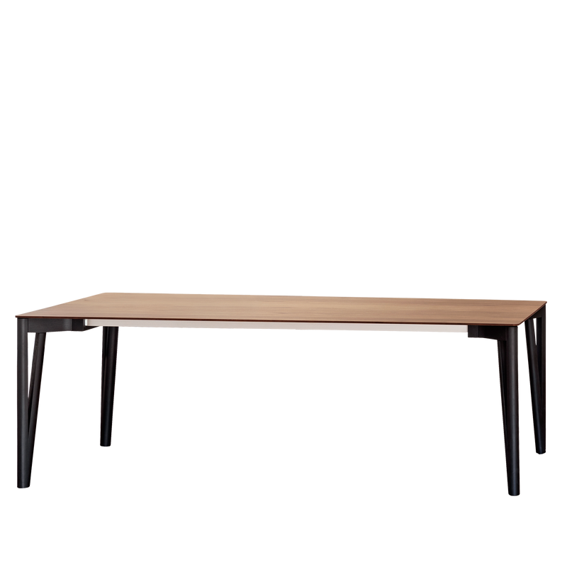 Decapo | Dining Table