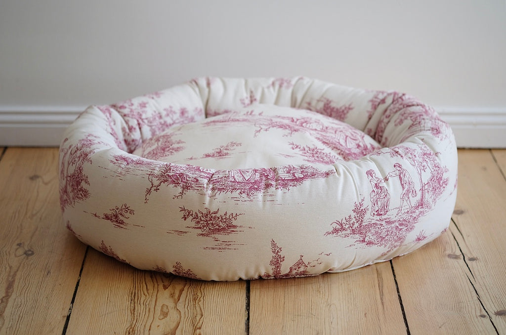 Round Dog Bed Farmhouse