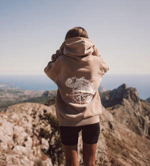 THE ADVENTURER - SAND SWEATSHIRT