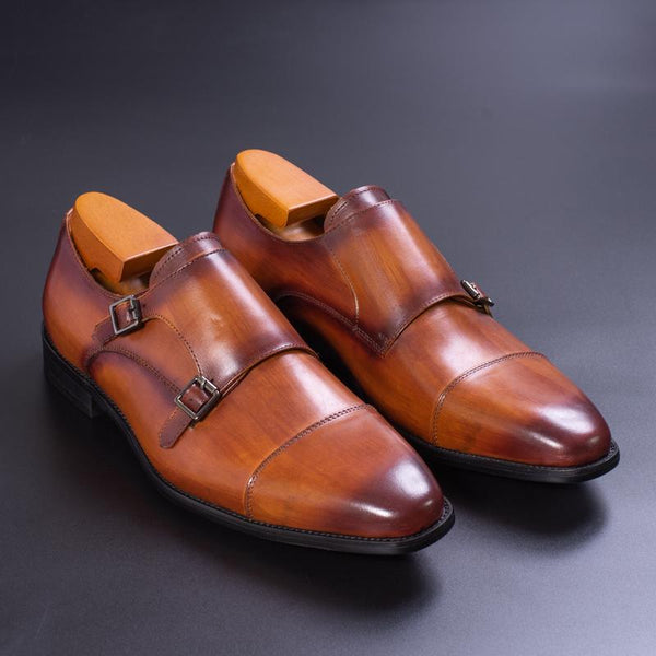 Leather men's dress shoes Italian style