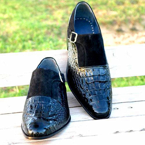 Crocodile Pattern Buckle Shoes