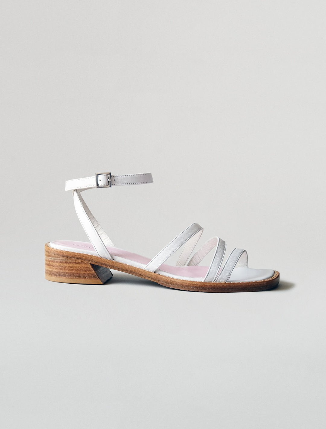 THE STRAPPY SANDAL | WHITE