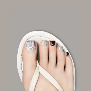 [BEST BUY] DASHING DIVA Magic Gel Strip Pedi Pearl And Glitter DGST39P