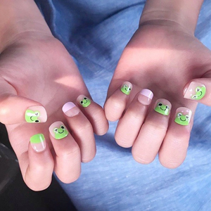 DASHING DIVA Magic Press Kids Mani Frog MPKD14