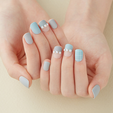 Load image into Gallery viewer, DASHING DIVA Magic Press Short Mani Mint Grey MDR489SS (Fall)