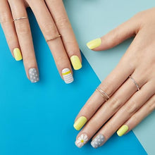 Load image into Gallery viewer, Dashing Diva Magic Press Mani Lemon Verbana MDR135