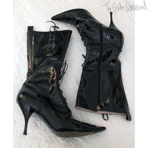 Vivienne Westwood Low Heel Pointed Toe Patent Leather Lace-up Boots