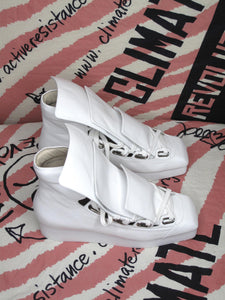 Vivienne Westwood Opening Ceremony Three Tongue Trainer Sneaker Shoes White