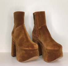 Load image into Gallery viewer, Vivienne Westwood Freddy Ankle Boots in Tan Velvet