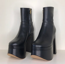 Load image into Gallery viewer, Vivienne Westwood Freddy Ankle Boots in Black Leather