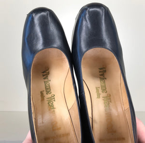 Vivienne Westwood Vintage Elevated Courts in Black Leather