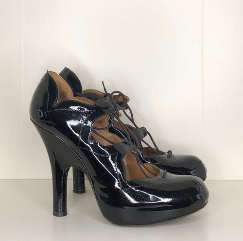 Vivienne Westwood AW 2005 Accessories Label Power Station Gillies in Black Patent Leather