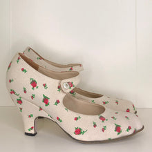 Load image into Gallery viewer, Vivienne Westwood Gold Label Mary Jane Cream Canvas Floral Print